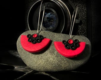 Abstract earrings, Contemporary jewelry, Modern earrings, Statement jewelry Long earrings Black and red, Fashion earrings, goth earrings