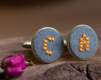 Initials cufflinks for groomsmen, Personalized cufflinks, Custom wedding cuff links - gray fabric - i022