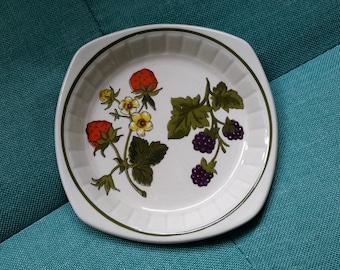 Vintage Royal Worcester Palissy Summer Fayre trinket dish, mid century, retro