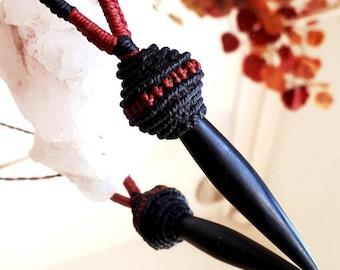 "Lavastone necklace ""Tihuanaco spearhead"""