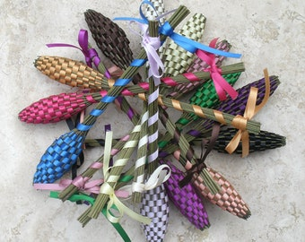 Wedding Favors Advance Orders For Ten (10) Small Real Lavender Wands Free Shipping in USA