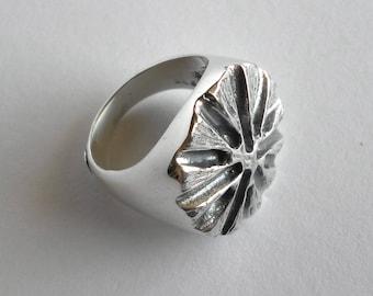 Dandelion ring, handmade ring, Dandelion silver ring.
