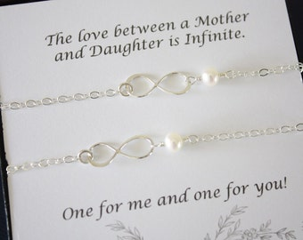 Mother and Daughter Infinity Bracelet Set, Infinity Gift, Infinity Jewelry, Delicate, Silver Infinity, Sterling Silver, Mother Gift, Card