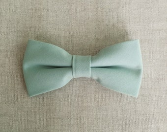 Greyed Jade Bow Tie, Mens Bow Tie, Solid Greyed Jade Bow Tie, Bow Tie for Men, Bow Tie for Wedding, Plain Bowtie, Groomsmen & Groom Bow ti