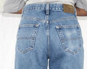 Vintage Tommy Hilfiger Jeans Size 30 High Waisted Jeans Light Medium Wash Mom Jeans Vintage Blue Jeans 90s Jeans