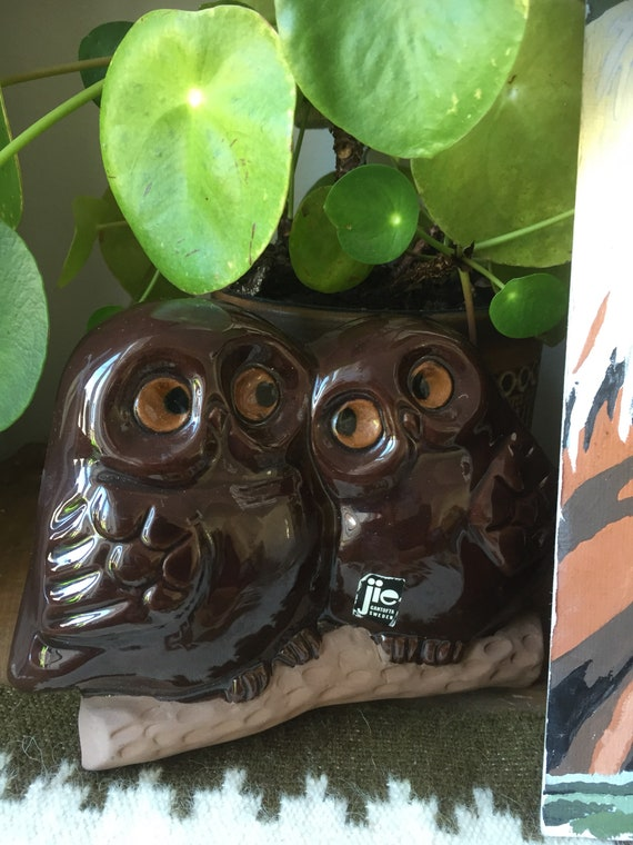 Jie/ Gantofta/ Sweden /owls/wall hanging /owl/ ceramic /wall figurines/ wall plaque /ceramic plaque /