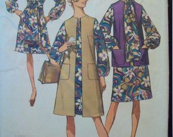 """Long Vest, Short Vest,  A-Line Dress, Sash, & Tie 1970s Simplicity Pattern 9081 Size 10 Bust 32.5"""""""
