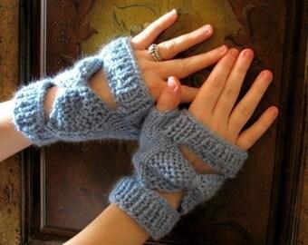 Knitting Fingerless Mittens- Pattern