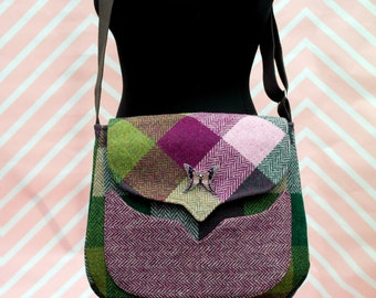 Myrtle - Large Herringbone Check Harris Tweed Cross Body Bag - Handmade Handbag - Messenger Bag - Casual Bags - Gift for her -Vintage Brooch