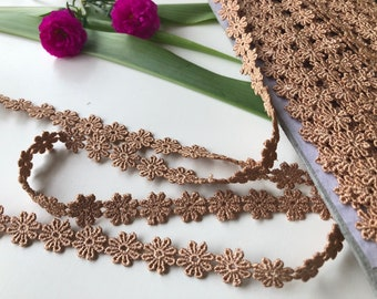 Beige Floral Cotton Lace, Golden Beige lace trim, Beige trim by the yard, Sewing trim, 1.2 cms wide, thin lace, ships free with other item
