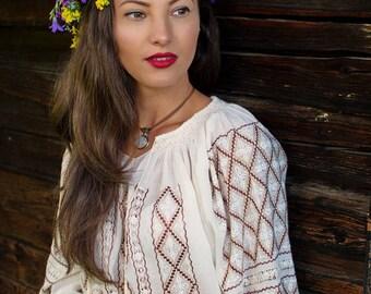 manually embroidered Romanian folk blouse Roumaine, bohemian top, vyshyvanka - Rumänische Folklore Bluse Ukrainean Hungarian blouse