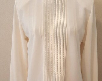 ON SALE Vintage Sheer Collar Blouse