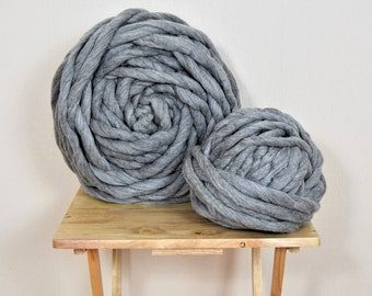 Chunky yarn FELTED GIANT yarn, 100% merino wool yarn 1 kg. Amazingly soft. Perfect for rugs, blankets, pet beds, weaving etc. Washable.