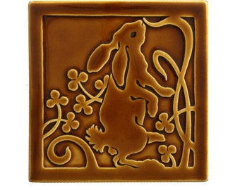 Right Facing Hare Art Tile (Brown)