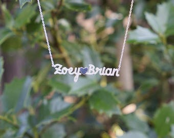 Personalized names necklace