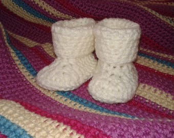 Soft baby booties, Baby boy booties, Baby girl booties, Baby shower gift, New-Born booties, Crochet baby booties, Gift boxed, Pregnancy gift