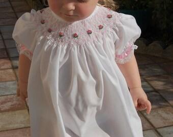 Smocking dress BISHOP style, white with pink roses, short sleeve