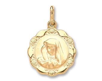 9ct Yellow Gold Scalloped Edge Madonna Medallion Charm Pendant Hallmarked