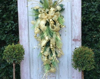 Christmas Swag, Christmas Wreath for door, Gold Christmas Wreath, Gold Christmas Swag, Christmas Swag for door, Front door Christms Wreath