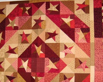Barnraising Red and Tan Stars Queen Quilt
