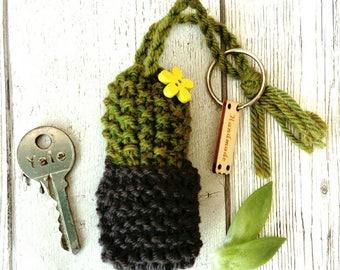 Cactus keyring; knitted cactus keyring; cactus gift; cactus accessory; cactus present; cactus bag charm; cactus keychain