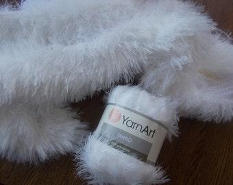Tango yarn, Yarnart yarn, Long eyelash yarn, Faux fur yarn, Fun Fur yarn, fancy yarn