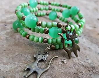Woman's Green Cats Eye Bracelet - Kitty Bracelet - Cat Bracelet - Cat Jewelry - Cat Lover Gift - Kitty Bracelet - Catlover - Free Shipping