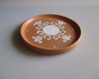 Ceramic jewelry dish, little trinkets plate, decorated ceramics, ceramic clay plate, white decor clay dish for rings and earrings