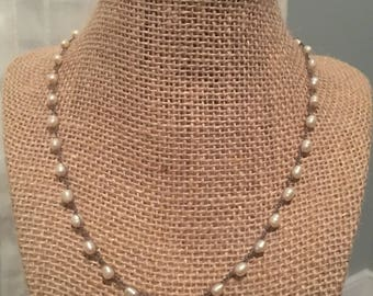 Pearl crocheted necklace