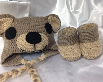 All bear hat and slippers