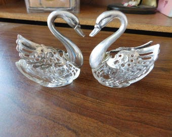 Made In Italy Silver Swan Salt and Pepper Shakers