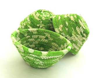 Itty Bitty Limeade Bowl// Handmade Coiled Fabric Clothesline Basket Ring Bowl Key Basket Change Bowl Him Stocking Stuffer