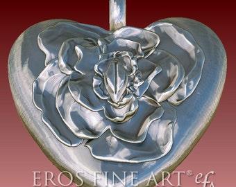 Herzanhänger Rosebud Heart - extravaganter Silberanhänger, Herzanhänger, Erotik, Rose, Knospe, Herz, Geschenk, Yoni, Liebe, Valentin