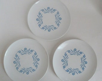 Cornflower Blue/Corning Ware Luncheon Plate/CENTURA by Corning/EUC/Shiny Finish/Listing is for ONE plate - 3 available (when listed)