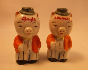 Salt And Pepper Anthropomorphic Piggy Shaker set from the 1950 s.epsteam