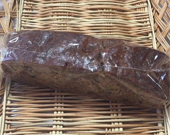 Date and walnut cake/homemade/1lb cake size/fruit and nut cake/rich cake/whole cake/freshly baked/dates/walnuts/made to order/gift/birthday