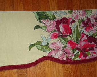 """Vintage Mid-Century Kirsch 1 Valance Yellow Floral with Maroon Fringe 123"""" long"""