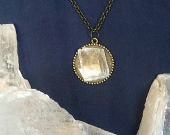 Selenite Necklace Healing Crystal Stone / Dainty Necklace Bridesmaid Gift / Raw Crystal Jewelry Quartz Crystal Gemstone / Chakra Necklace