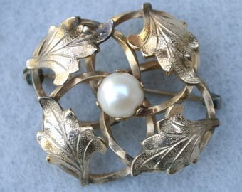 Gold Filled Blatt und kultivierte Perle Brosche Vintage