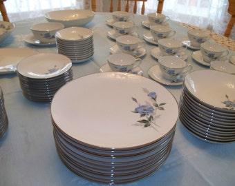 Noritake China Dinnerware Set FREE SHIPPING Noritake Dinnerware 87 Pieces Platinum Edge Noritake Sylvia Vintage Tableware Blue Rose China