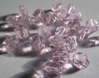 10 faceted Czech glass 6 mm Light pink