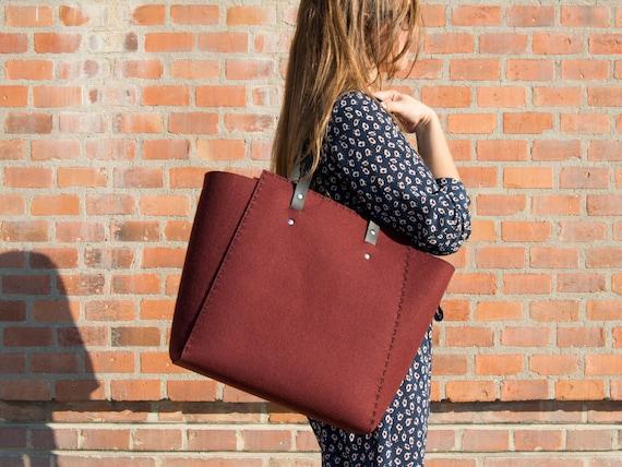 Extra large Felt TOTE BAG / maroon felt tote bag / burgundy felt shopper / shopping bag / felt shoulder bag / carry all bag / made in Italy