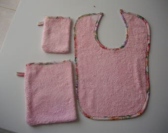 Pink bib and matching gloves