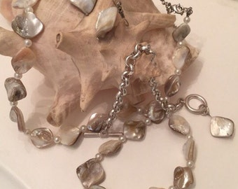 SALE NOW 8.99...shell necklace earring and bracelet set