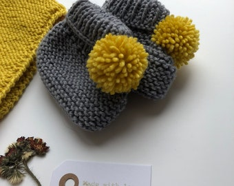 Knit baby Bootie