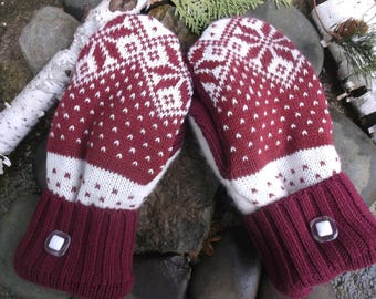 Sweater Mittens made from recycled sweaters, red and white nordic design, fleece lined - so warm and cozy