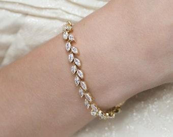 Gold Leaf Bracelet, Boho Tennis Bracelet, Simple Bridal Jewelry, Wedding Accessories, Bridesmaid jewelry, Mother of Bride Gift, B226-G