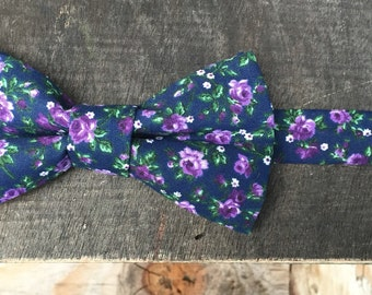 SALE! The Midnight Garden - Dark Floral Bow Tie