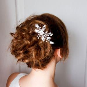 Gold Leaf Hair Pins Bridal Hair Pin  Crystal Hair pin Gold Small Wedding Hair Combs Gold Leaf Hair Pins  Bridal Hairpiece leaf bobby pins