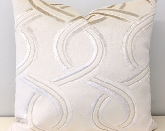 Cream Velvet Pillow Cover, Cream Pillow, Velvet Pillow, Luxury Pillows, Decorative Throw Pillow, Velvet Cushion, Cream Velvet Pillow Covers